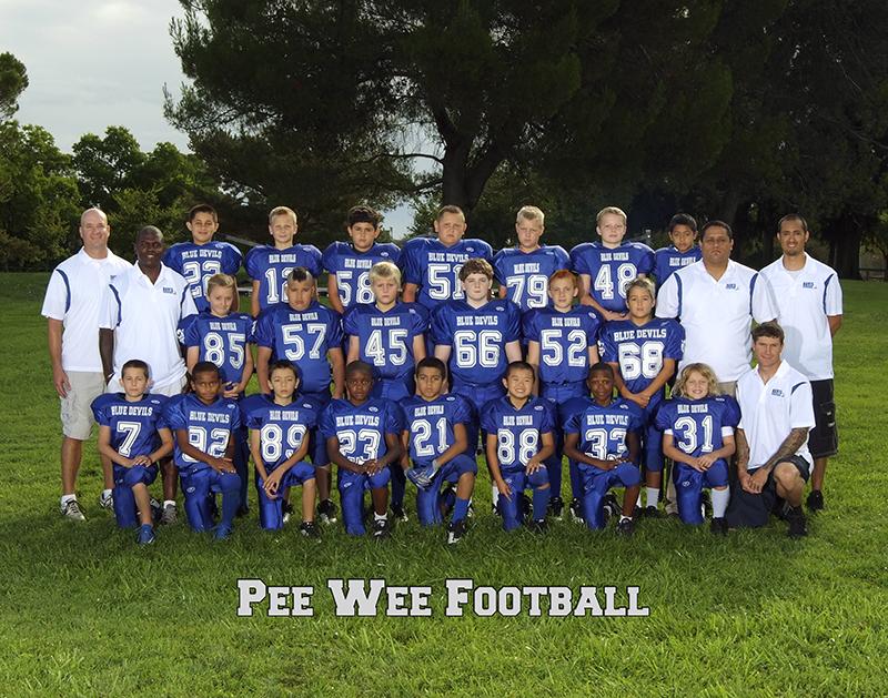 pee-wee-football-group